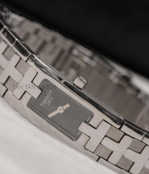 Đồng hồ Tissot T50.1.585.50 mặt trước