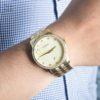 Đồng hồ Citizen BI5032-56P đeo trên tay