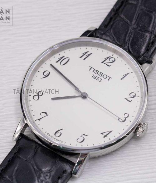 Đồng hồ Tissot T109.410.16.032.00 mặt trước