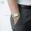 Đồng hồ Citizen BH3004-59D đeo trên tay