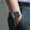 Đồng hồ Citizen AT2420-83E đeo trên tay