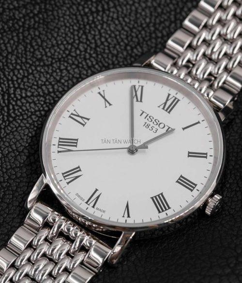 Đồng hồ Tissot T109.410.11.033.00 mặt trước