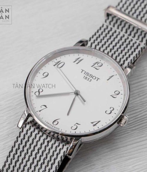 Đồng hồ Tissot T109.410.18.032.00 mặt trước
