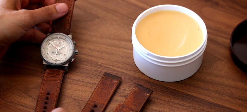 Cách bảo dưỡng dây da đồng hồ