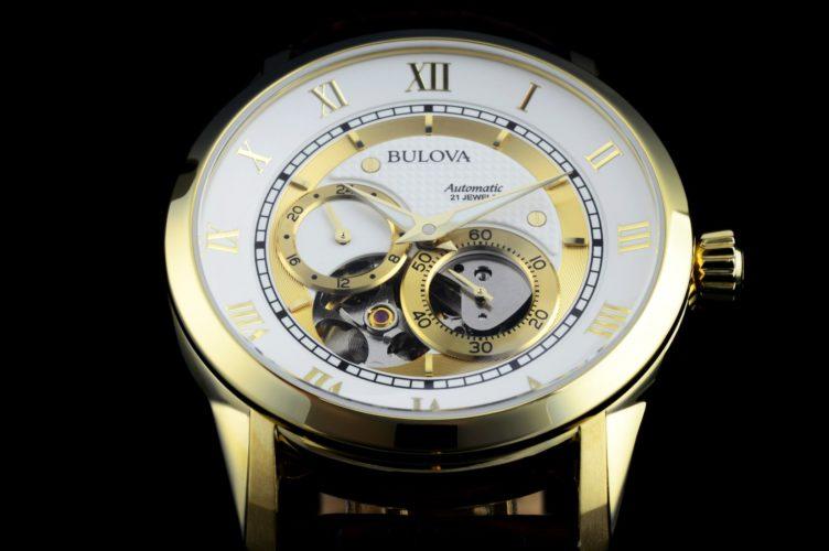 Jewels trong đồng hồ có chức năng gì