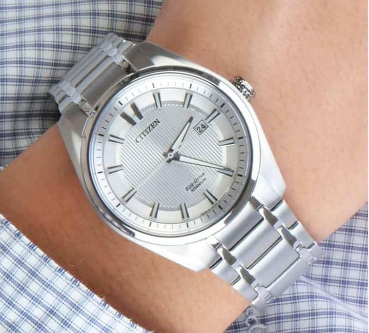 Nên mua đồng hồ Nhật Bản hay đồng hồ Thụy Sỹ? Thực sự đồng hồ nào tốt hơn? 5