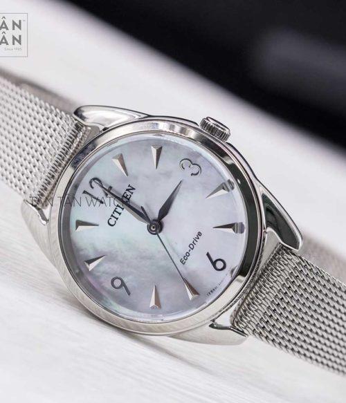 Đồng hồ Citizen EM0681-85D mặt trước