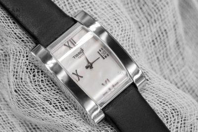 đồng hồ T007.309.16.113.00